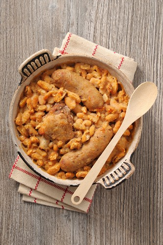 Cassoulet (bean stew with meat and sausages, France)