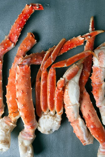 Frozen Alaskan King crab legs (seen from above)