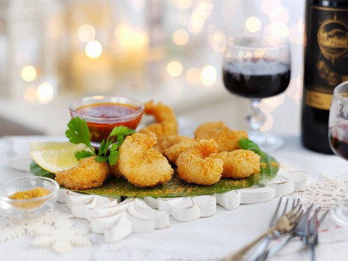 Breaded prawns with gold dust for Christmas