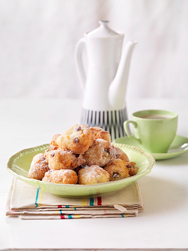 Frittole (deep-fried yeast-raised doughnuts, Italy)