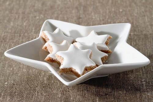 Cinnamon stars on a star-shaped plate