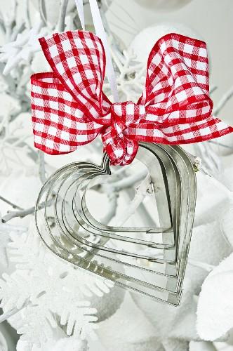 Heart-shaped cutters