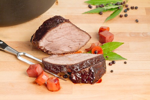 Marinated pot roast with bay leaves