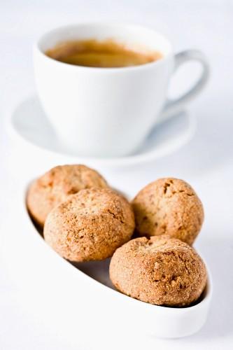 Amaretti e caffè (espresso and almond biscuits, Italy)