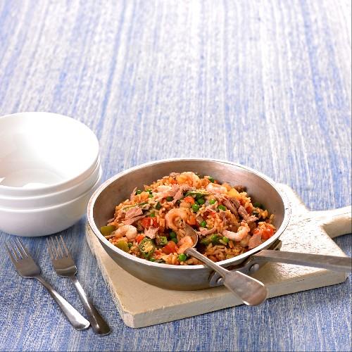 Jambalaya with tuna and prawns