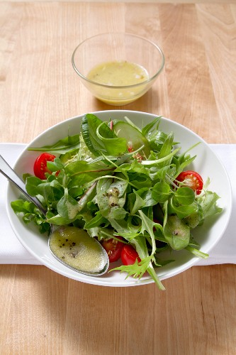 Lambs lettuce salad with vinaigrette