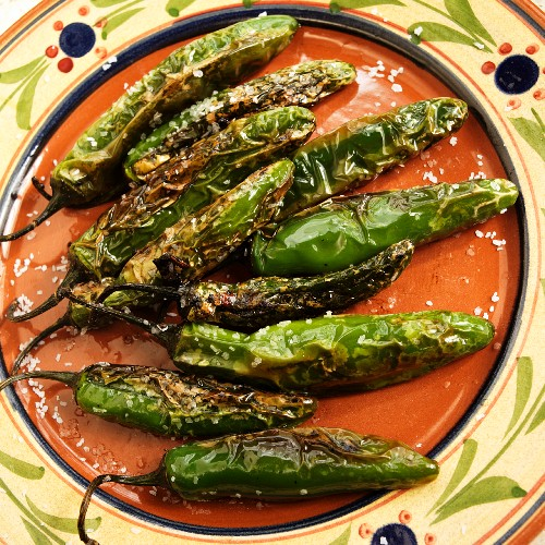 Pimentos Fritos; Fried Green Chilies with Salt