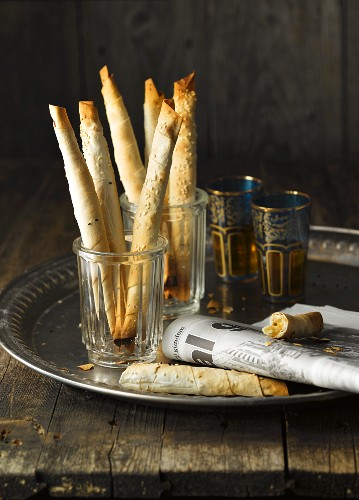 Sigara Böregi (puff pastry sticks with sheep's cheese, Turkey) and black tea