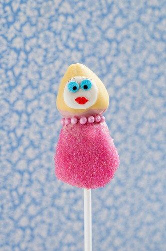 Cake Pop decorated like a woman