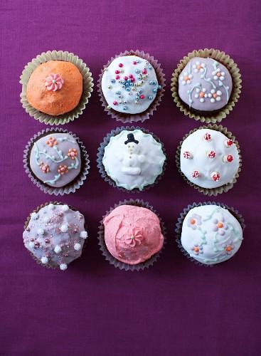 Nine Christmas cupcakes