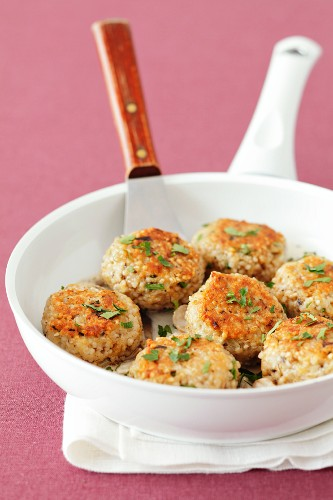 Barley cakes in a pan