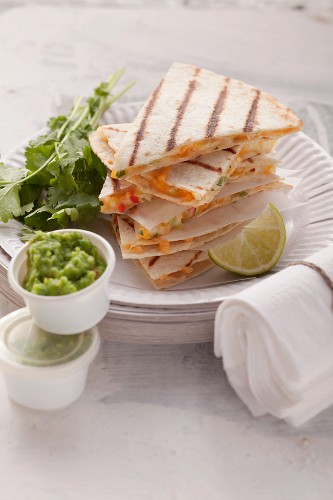 Quesadillas with a vegetable filling and pea guacamole