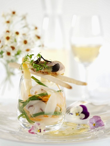 Vegetable salad with edible shoots and spring chicken