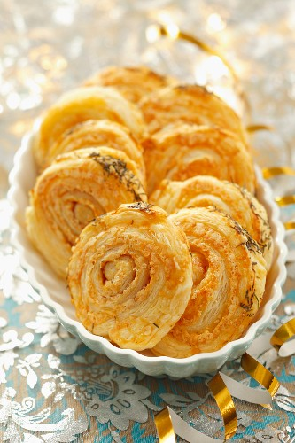 Puff pastries with salami and cheese