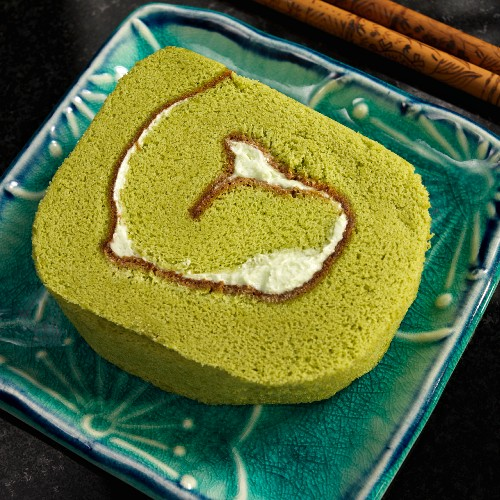 Japanese Green Tea Roll Wheat Cake with Chocolate and Butter Cream
