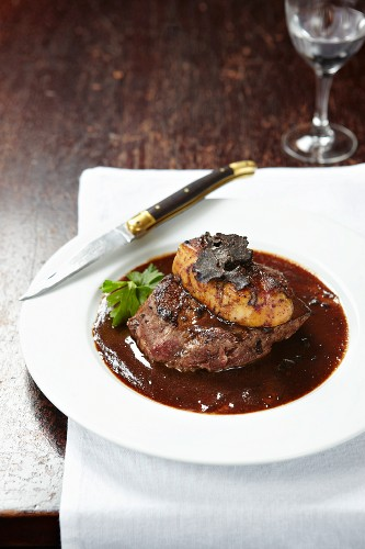 Tournedos Rossini (fillet of beef with goose liver and truffles, France)