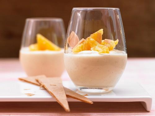 Orange and vanilla cream with crunchy triangular wafers
