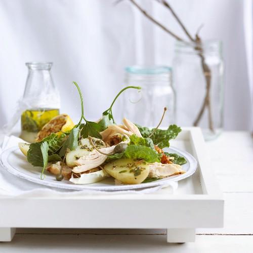 Potato salad with tuna and capers