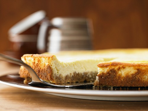 New York cheesecake with a wholegrain biscuit base