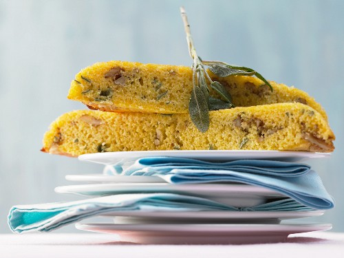 Pan-fried cornbread with sage and walnuts