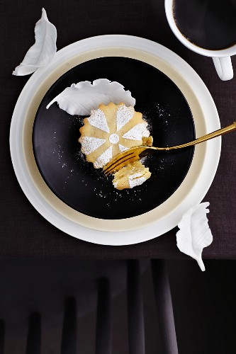 A small vanilla torte for New Year