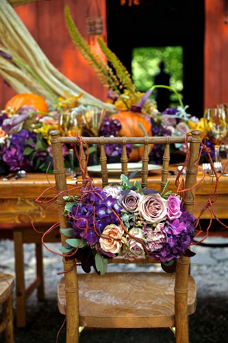 Country-style autumn dinner table in front of a barn (East Coast, New England, USA).
