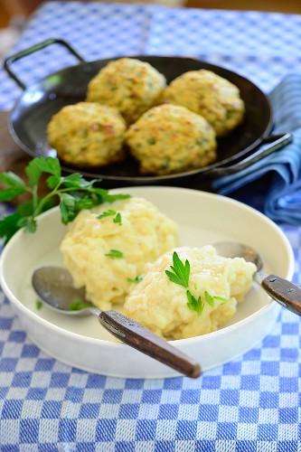 Bohemian yeast dumplings with parsley