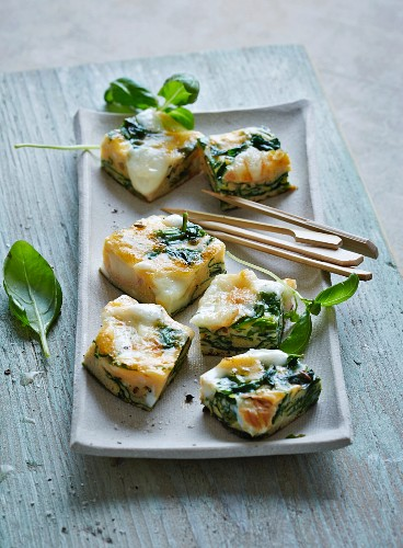 Frittata cubes with spinach and taleggio (low carb)