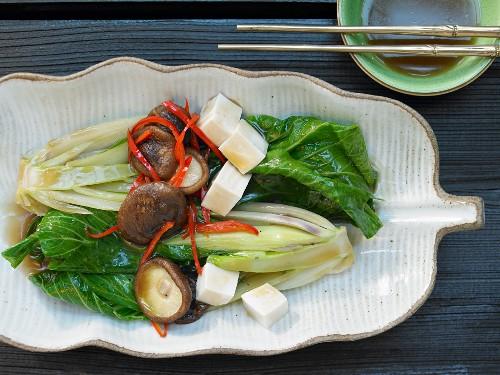 Braised baby bok choy with tofu and shiitake mushrooms