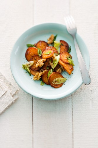 Sweet potato and walnut home fries