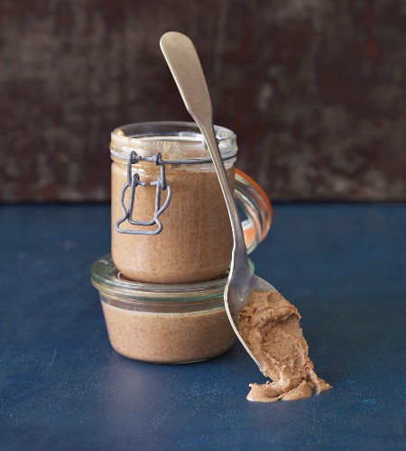 Vegan nut spread