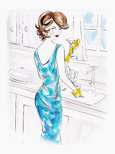 Braunhaarige Frau im Abendkleid trinkt Martini beim Abwaschen