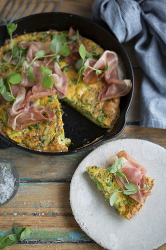 Pea and asparagus frittata with ham
