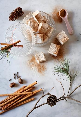 Aromatic eggnog marshmallows