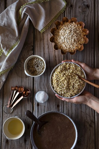 Ingredients for millet and buckwheat bread (oats, millet, buckwheat, oil, salt and nuts)