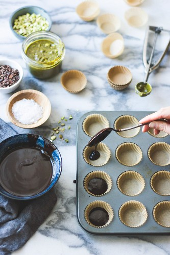 Salted chocolate pistachio butter cups ingredients