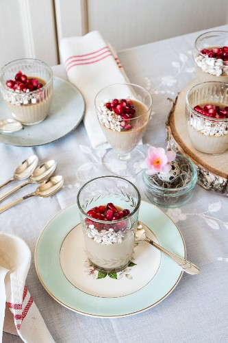 Coffee pannacotta with pomegranate seeds (Easter)