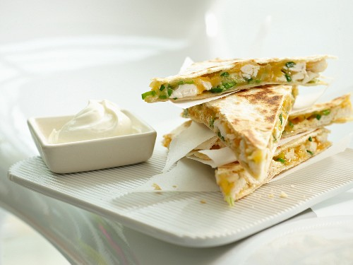 Tortilla sandwiches with chicken and cheese
