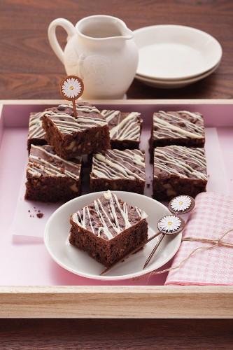 Walnut and chocolate brownies with white chocolate