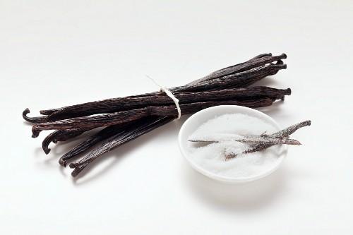 Vanilla pods and vanilla sugar