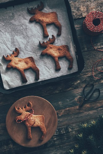 Elk-shaped Christmas cookies