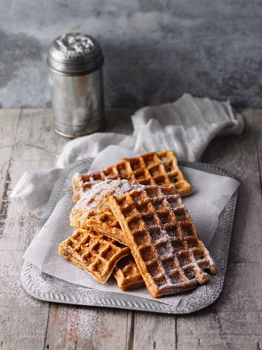 Oat and cinnamon waffles