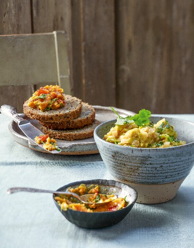 Red lentil cream and sweet potato curry paste