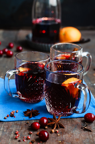 Cranberry punch with oranges and star anise