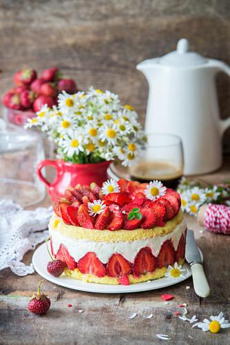 Strawberry souffle cake