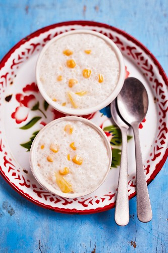 Guinatan (coconut rice soup from the Philippines)