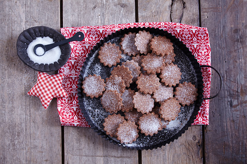 Baseler Brunsli (Swiss Christmas biscuits)