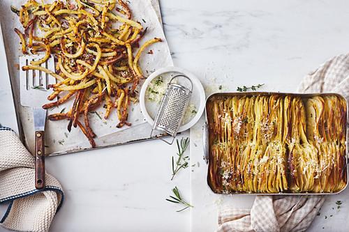 Crispy Garlic and thyme Boulangere Potatoes