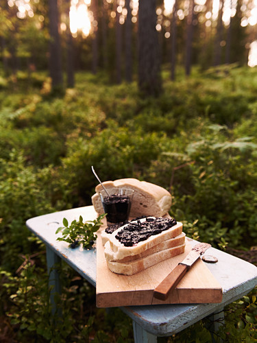White bread with blueberry and ginger jam