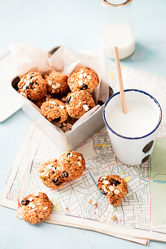 Healthy cereal balls with blueberries
